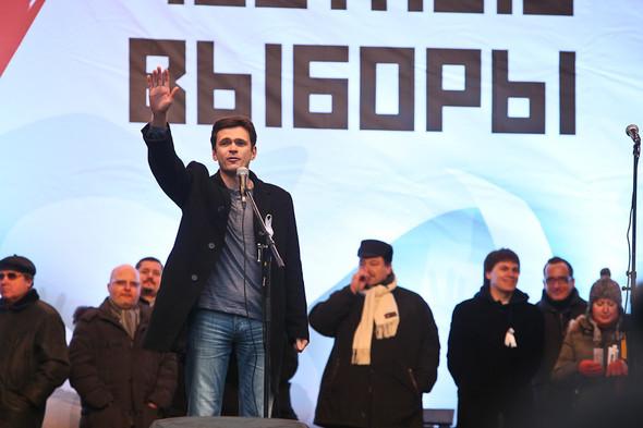 Митинг «За честные выборы» на проспекте Сахарова: Фоторепортаж, пожелания москвичей и соцопрос. Изображение № 54.