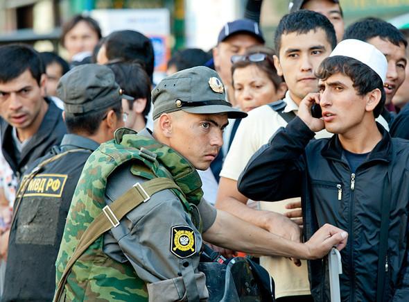 Copwatch: Действия полиции на празднике Ураза-Байрам в Москве. Изображение № 13.