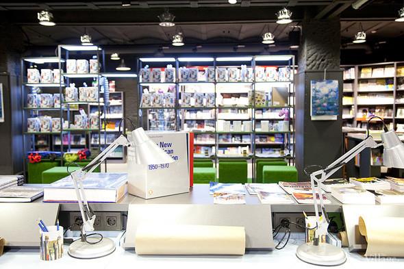 На «Винзаводе» открылся новый книжный магазин «Артбукса». Изображение № 7.