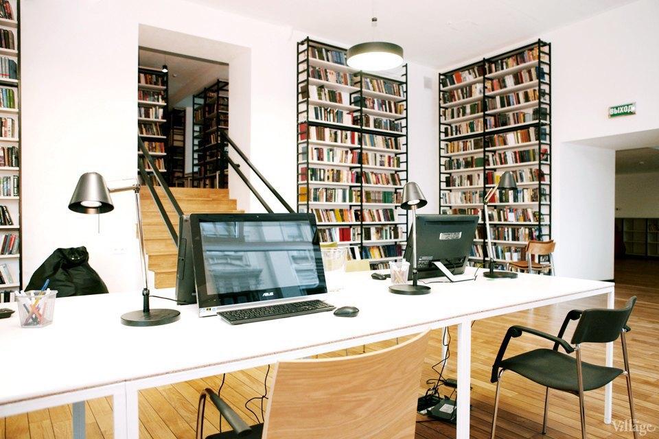 Фото дня: Как выглядит современная библиотека. Изображение № 28.