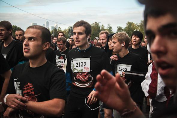 Бег с ними: В Москве прошел марафон Run Moscow. Изображение № 5.