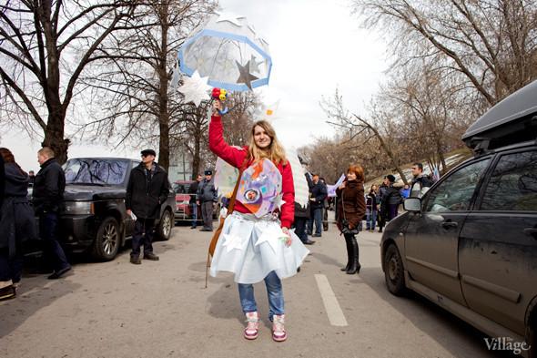 В Москве прошло арт-шествие в честь Дня космонавтики. Изображение № 33.