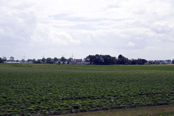 Изображение 9. Европа из окна поезда.. Изображение № 9.