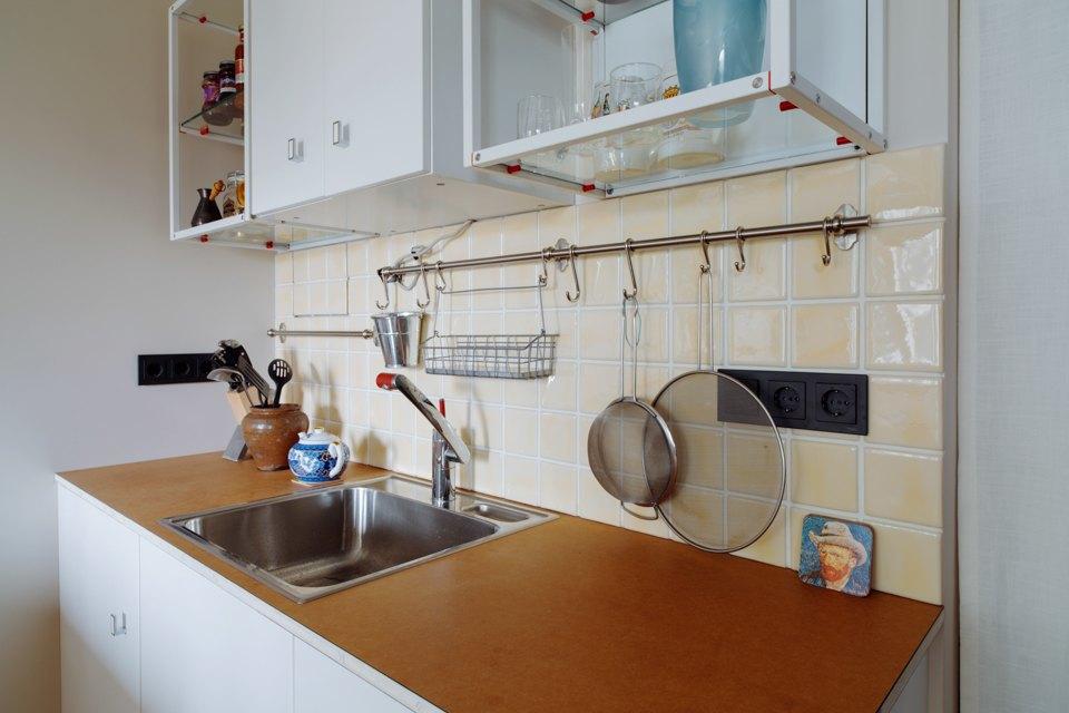 Однокомнатная холостяцкая квартира сумным зонированием. Изображение № 4.