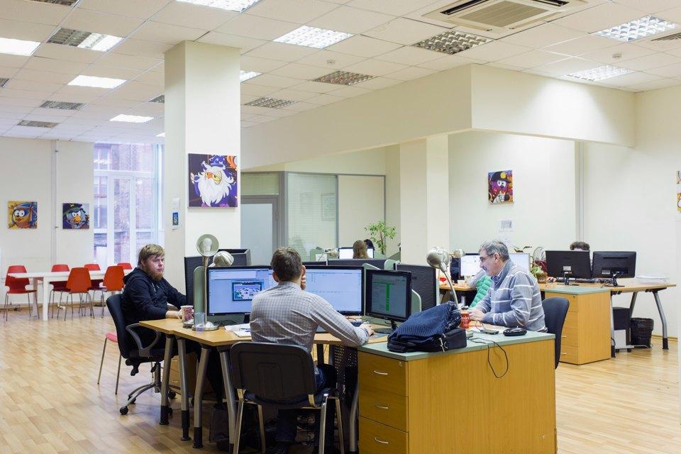 Как работают в офисе «Смешариков». Изображение № 3.