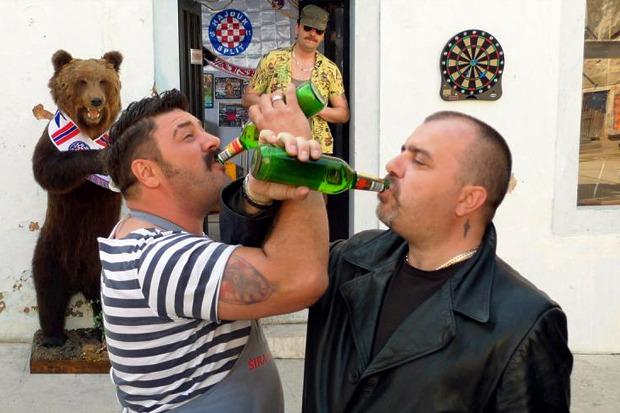 «Парад», трагикомедия о том, как геи и бандиты устраивали сербский гей-парад. Изображение № 8.