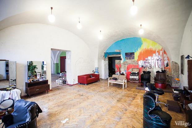 Можно покороче: 5необычных парикмахерских в Петербурге. Изображение № 23.