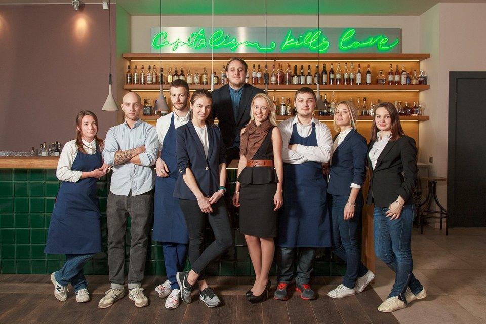 Первые лица: Как подбирают официантов в Москве. Изображение № 1.