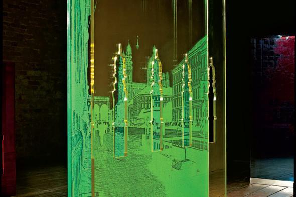 На «Винзаводе» открывается выставка «Люди и город». Изображение № 7.