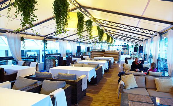 Летняя кухня и бар ресторана «Волга-Волга».. Изображение № 68.