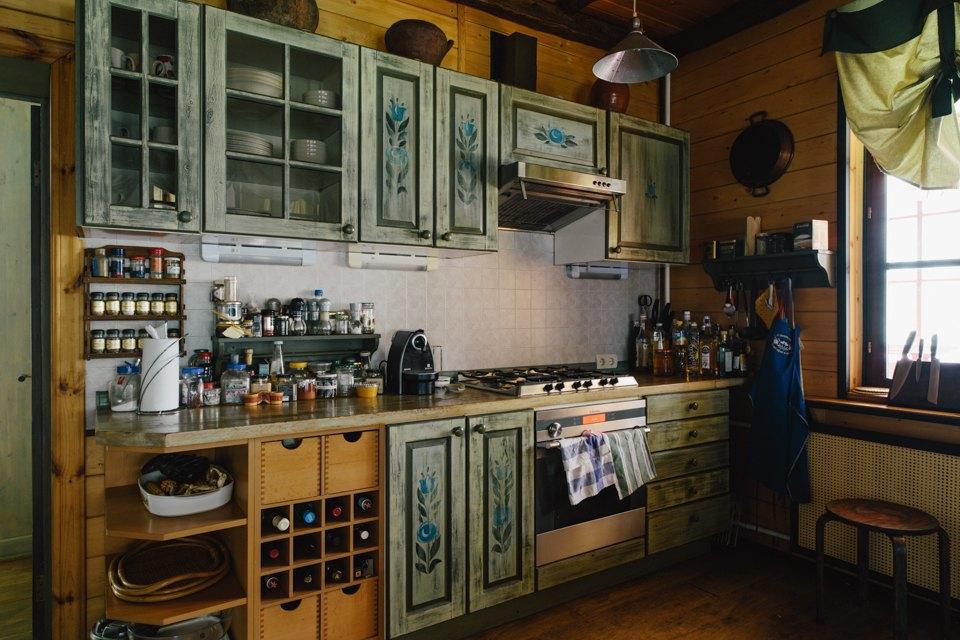 Загородный дом Леонида Парфёнова иЕлены Чекаловой. Изображение № 18.