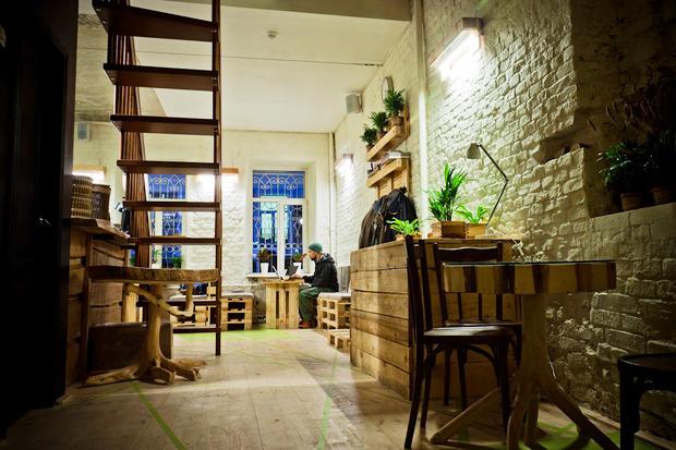 Новое место: Коворкинг икофейня Les. Изображение № 3.
