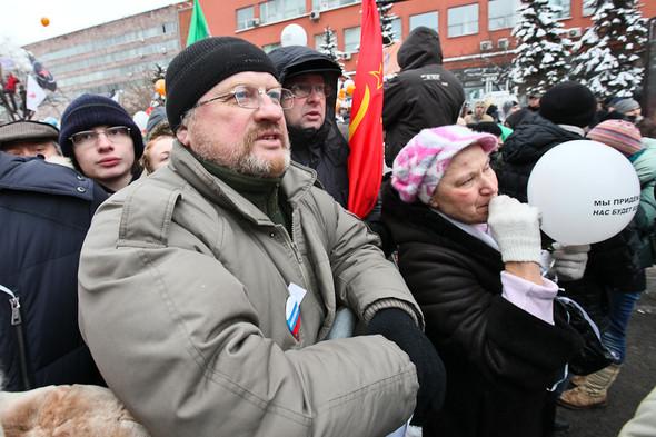 Митинг «За честные выборы» на проспекте Сахарова: Фоторепортаж, пожелания москвичей и соцопрос. Изображение № 38.