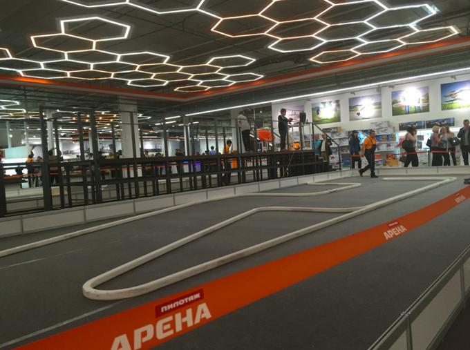 В торговом центре «Авиапарк» открылась площадка для игр и соревнований. Изображение № 3.