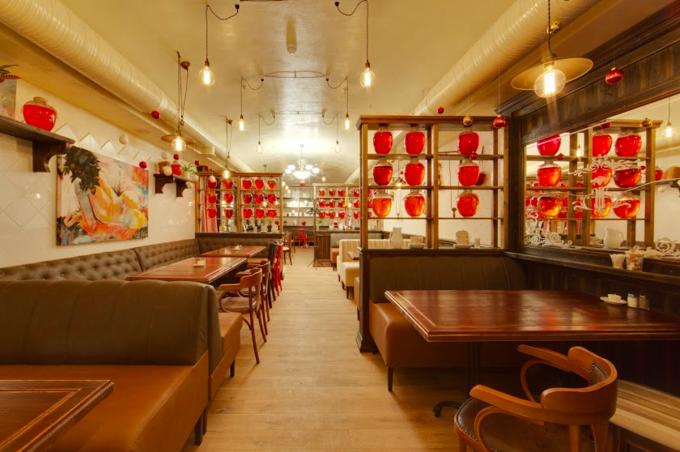 На Арбате открылся ресторан одесской сети «Компот». Изображение № 2.