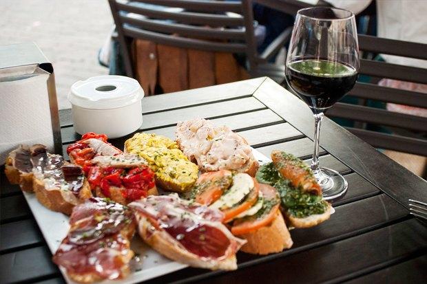 Что едят жители Нью-Йорка, Стамбула, Токио и Мадрида на улице. Изображение № 25.