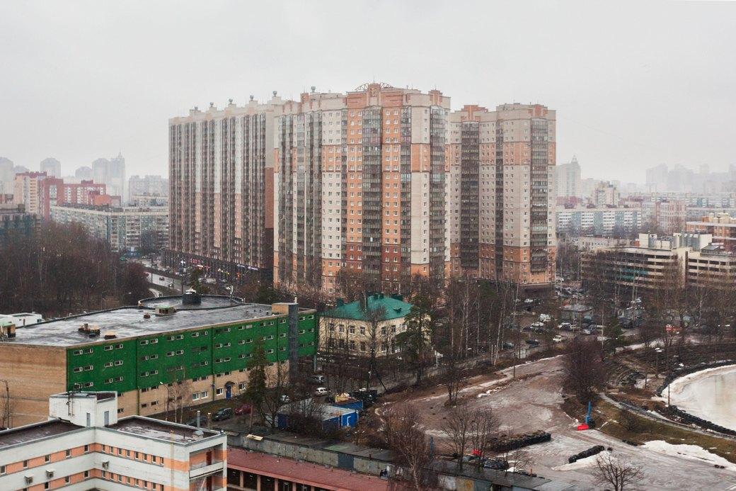 В 25-этажный ЖК «Сергей Есенин» переселили многих жильцов «Городка». Изображение № 4.