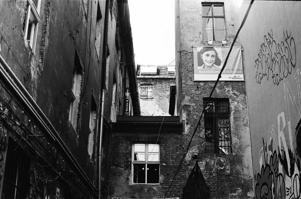 Изображение 23. Восточный Берлин (часть 1 из 3).. Изображение № 25.