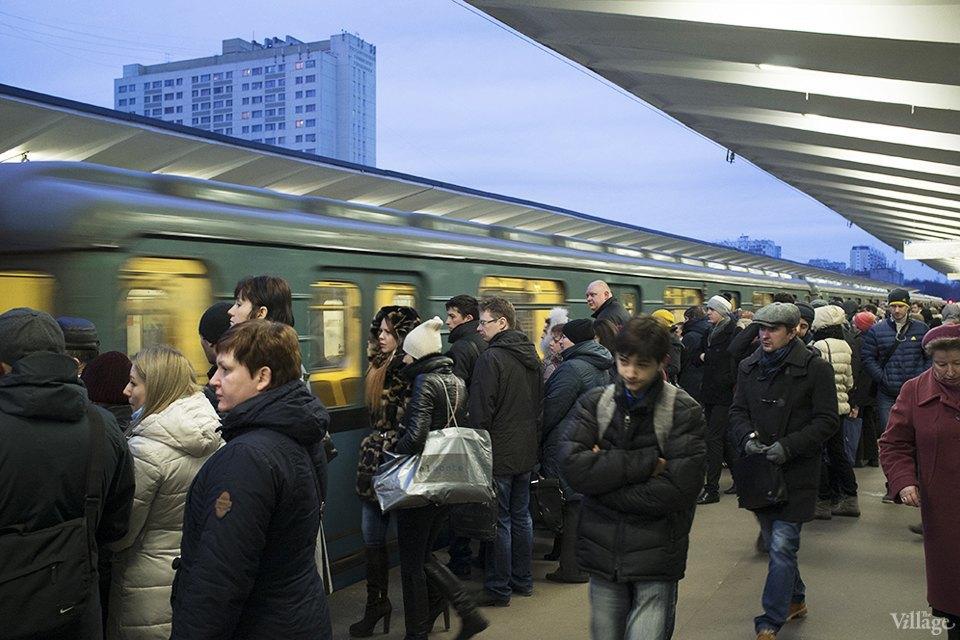 Фоторепортаж: Час пик на станции «Выхино». Изображение № 13.