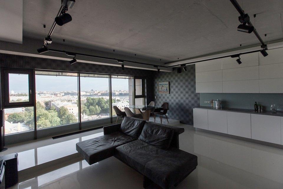 Мужская квартира с панорамным видом на город. Изображение № 3.