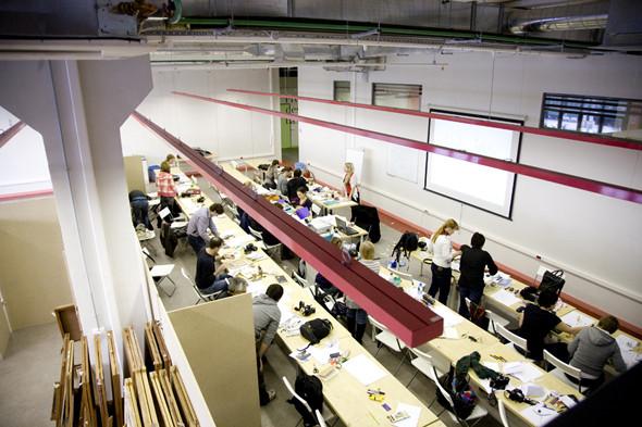 Изображение 15. Новое Место: Британская высшая школа дизайна.. Изображение № 14.