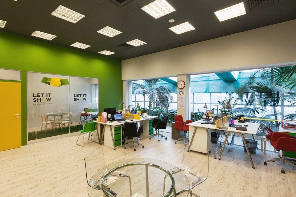 Офис Let It Show Production в ДК Ленсовета. Изображение № 6.