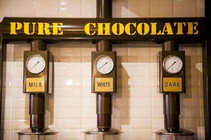 В«Метрополисе» открывается шоколадный бар Max Brenner. Изображение № 4.