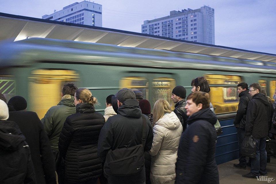 Фоторепортаж: Час пик на станции «Выхино». Изображение № 12.