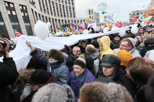Митинг «За честные выборы» на проспекте Сахарова: Фоторепортаж, пожелания москвичей и соцопрос. Изображение № 58.