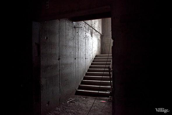Вход на первый этаж режимного корпуса.. Изображение № 31.