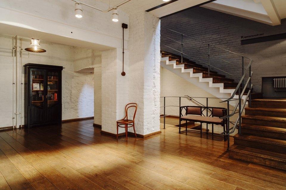 «Студия театрального искусства» вздании бывшей фабрики. Изображение № 13.