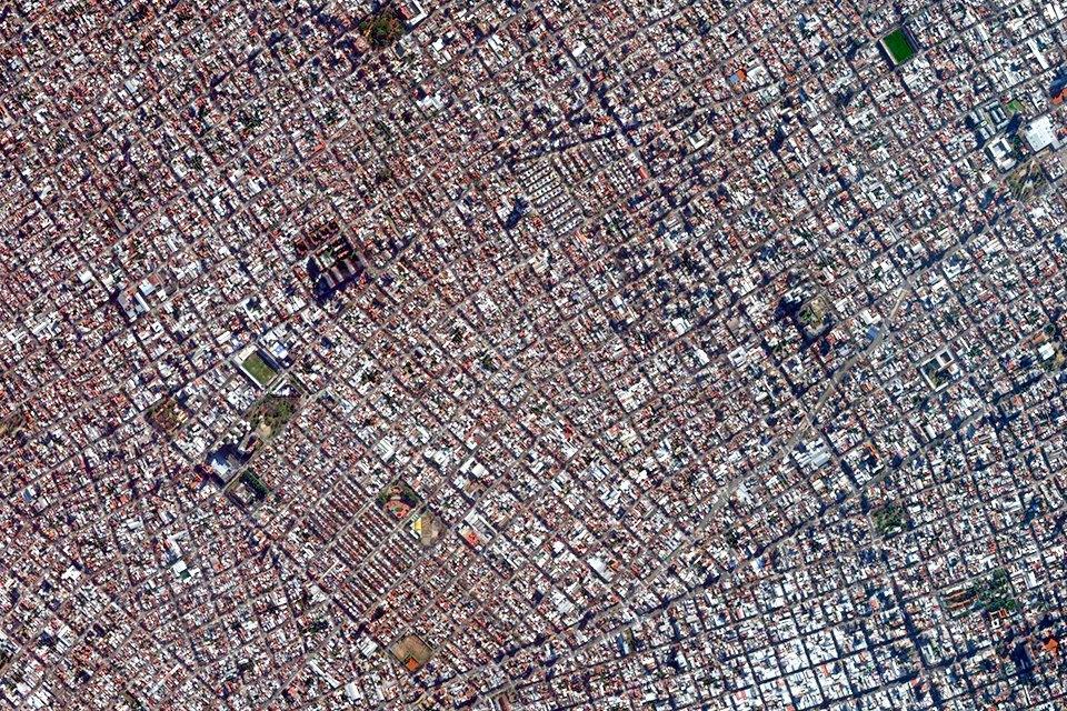 Лучшие виды городов мира изкосмоса. Изображение № 11.