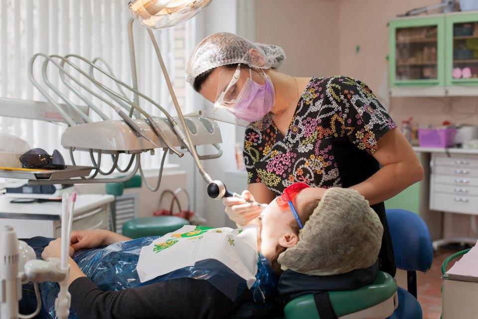 Стоматолог Татьяна Долгова — отом, зачем ходить кврачу, если ничего неболит. Изображение № 1.