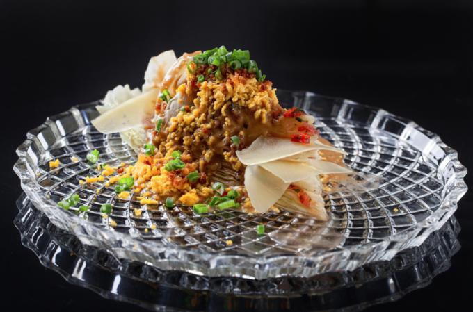 Насколько разные блюда приготовят 10шеф-поваров изодного продукта— капусты. Изображение № 4.