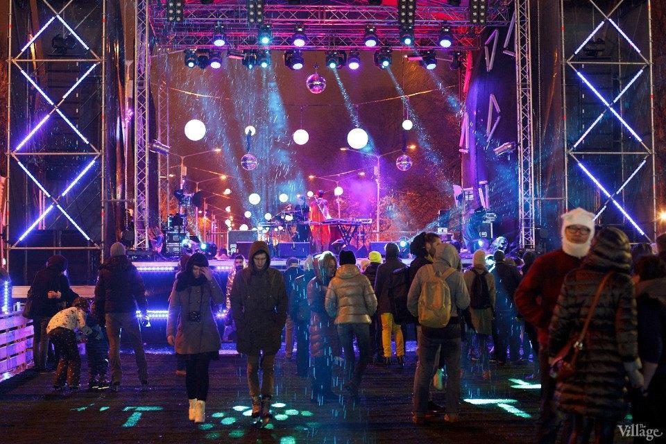 Люди в городе: Первые посетители катка в парке Горького. Изображение № 29.