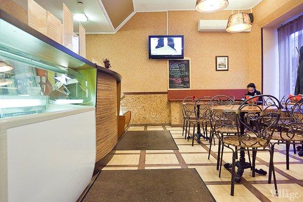 Все свои: Кафе-мороженица «Вкусные штучки» наПетроградке. Изображение № 7.