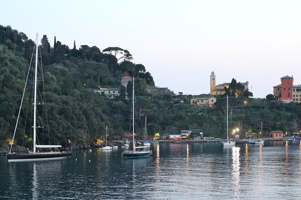Виды из бухты Портофино. Изображение № 22.