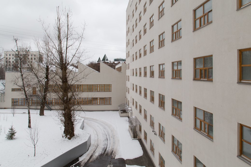 Я живу в доме-коммуне наулице Орджоникидзе. Изображение № 6.