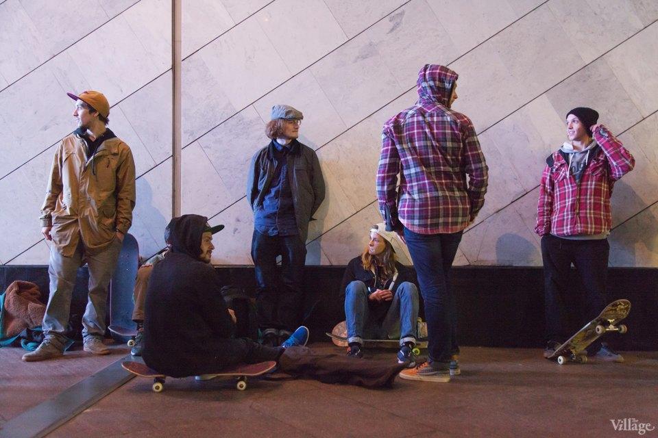 Фото ночи: Скейтерский чемпионат в метро. Изображение № 2.
