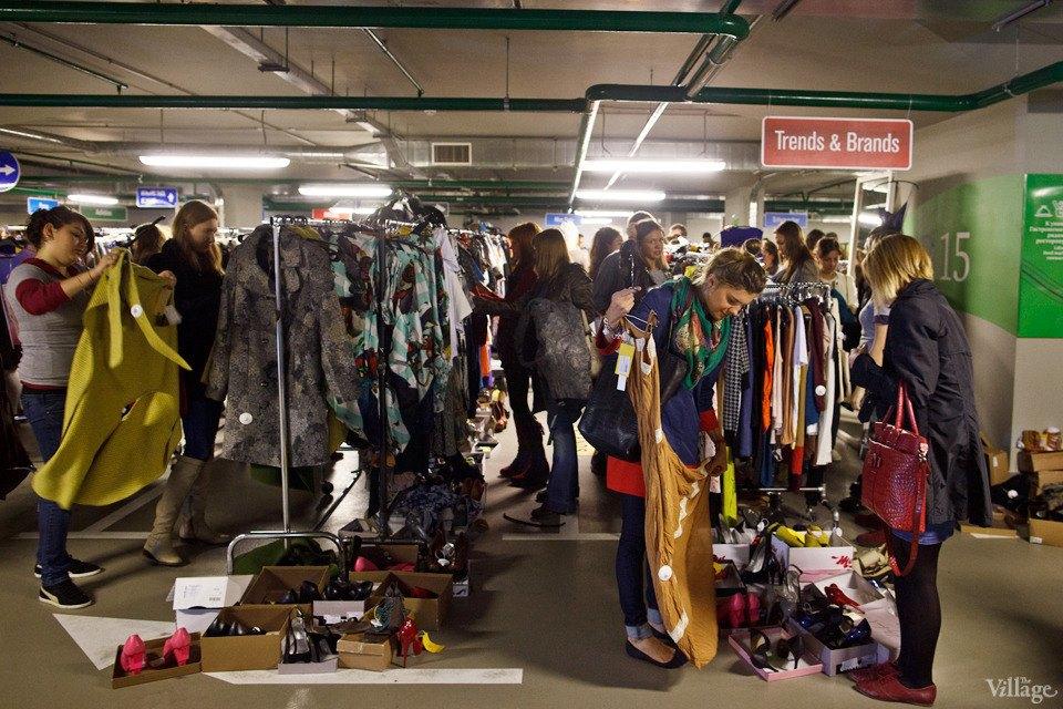 Люди в городе: Посетители Garage Sale о выгодных и спонтанных покупках. Изображение № 20.