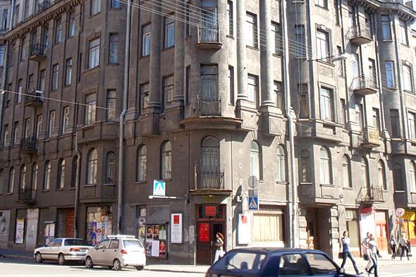 Фотография: Камерный театр Владимира Малыщицкого. Изображение № 36.