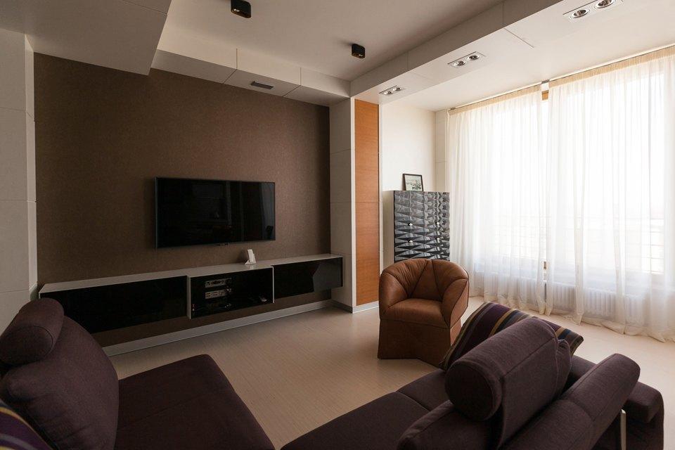 Трёхкомнатная квартира сострогим интерьером. Изображение № 5.