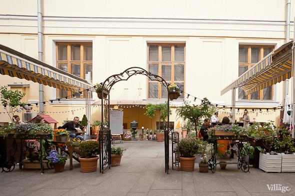 Зов улиц: Летние веранды в центре Петербурга. Изображение № 4.