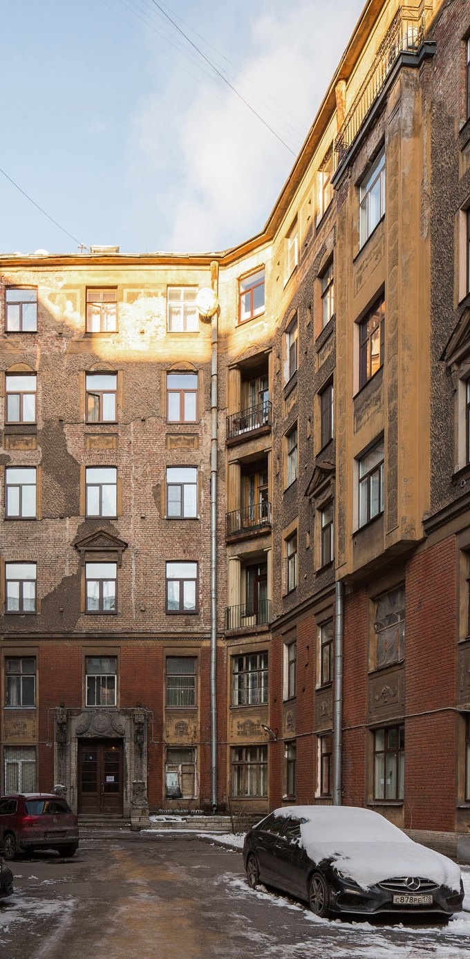 Я живу вТолстовском доме (Петербург). Изображение № 2.