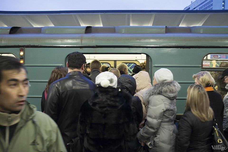 Фоторепортаж: Час пик на станции «Выхино». Изображение № 9.