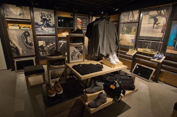 В «Охотном ряду» открывается магазин Vans. Изображение № 4.