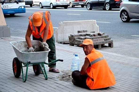 Свежая укладка: как асфальт меняют на плитку в Москве. Изображение № 15.