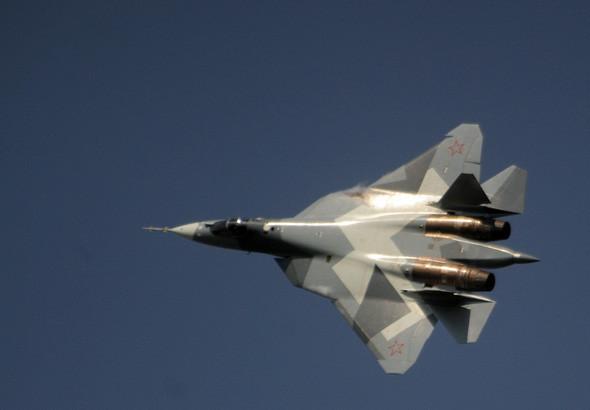 Истребитель Т-50 может развивать скорость свыше 2 000 км/ч. Изображение № 12.