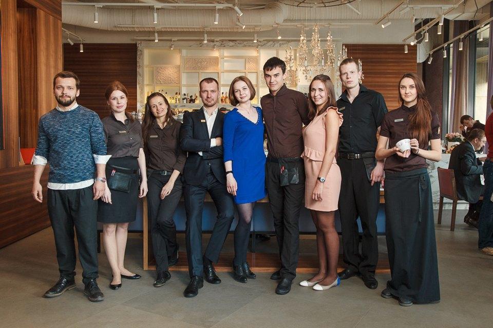 Первые лица: Как подбирают официантов в«Кофемании». Изображение № 1.