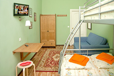 Свежий номер: 13 новых хостелов в Петербурге. Изображение № 3.
